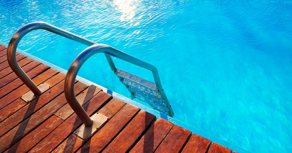 BioGuard Healthy Pools Blog - How to Avoid a Green Pool
